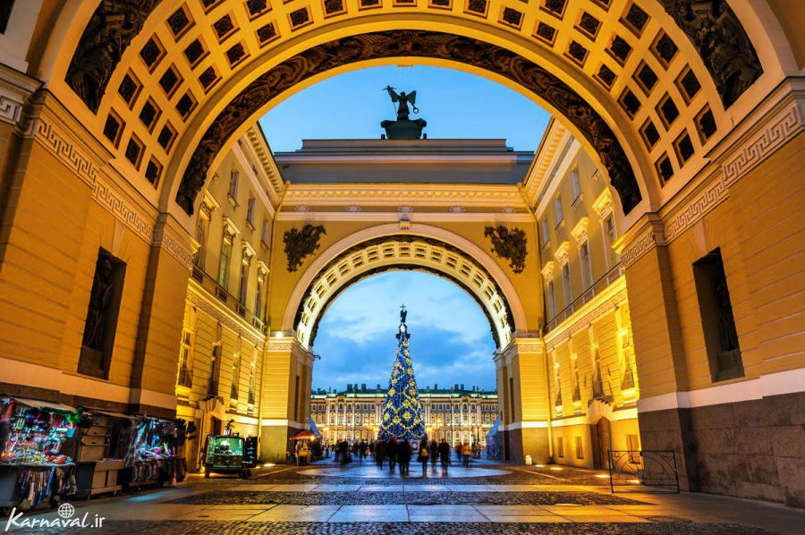 کریسمس در میدان پلس