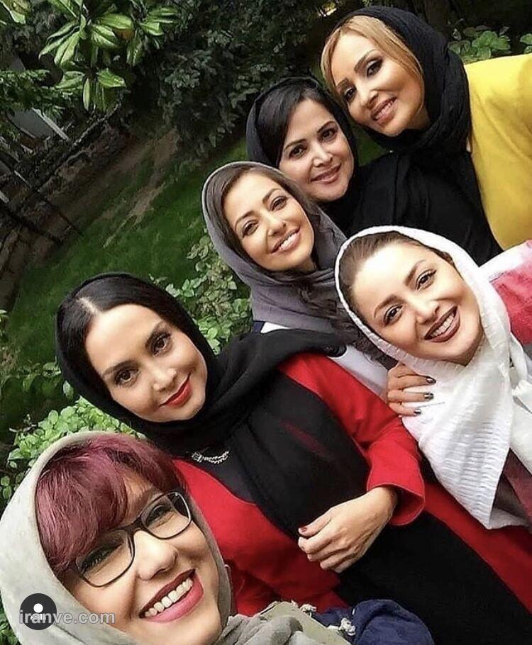 سلفی جمعی از بازیگران خانم شاد + عکس
